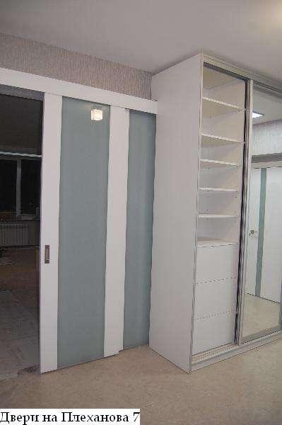 Двери на развижке в шкаф