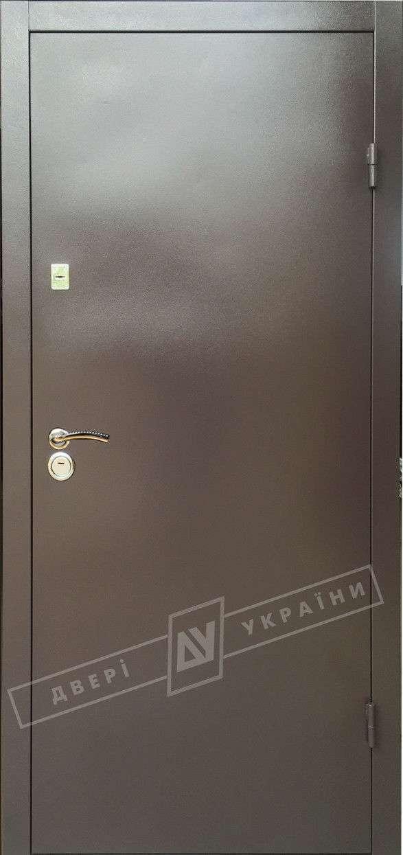 Металлические технические двери коричневые