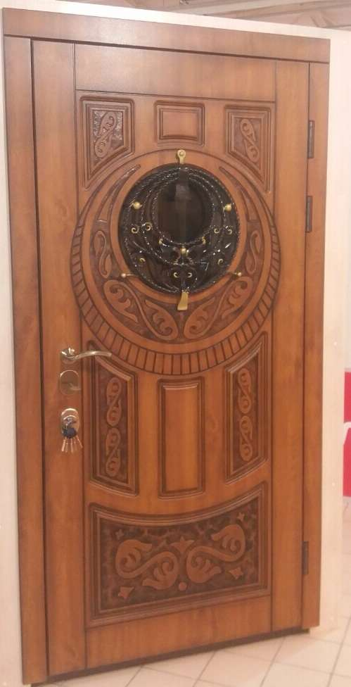 наружная входная дверь в каховке