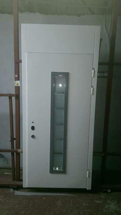 dveri-dlya-doma-belie