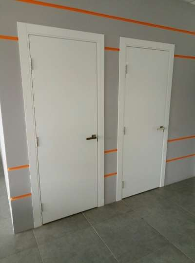 Белые гладкие двери Норд 101