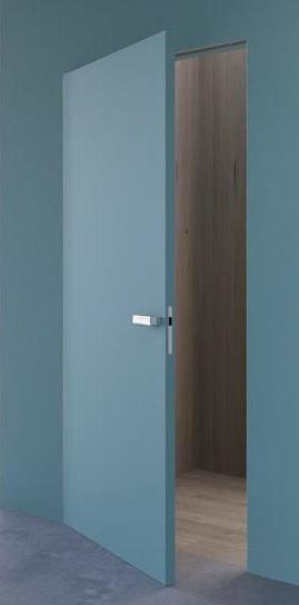 Покрашенные двери скрытого монтажа